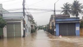 Áp thấp nhiệt đới gần bờ, Nam bộ mưa to