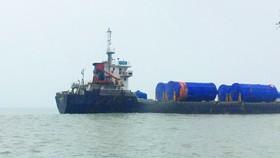 Hỗ trợ tàu nước ngoài cùng 10 thuyền viên trôi dạt trên biển