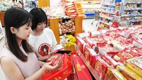Sản phẩm bánh trung thu bày bán tại hệ thống siêu thị Co.opmart đạt tiêu chuẩn an toàn vệ sinh thực phẩm