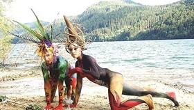 由阮氏美幸畫家所創作、參加在奧地利舉行的世界人體彩繪節的人體繪畫作品。