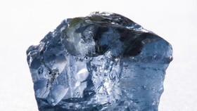 國際科研團隊發現,這種稀有鑽石誕生於地幔深處。(圖源:geologyin.com)