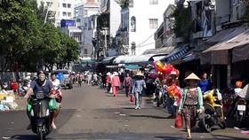 位於阮玉方街自發性街市已變得寬敞清潔。