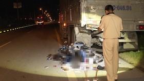 Tông vào đuôi xe tải, 2 thanh niên tử vong tại chỗ