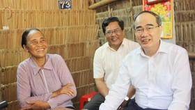 Bí thư Thành ủy TPHCM dự Ngày hội Đại đoàn kết toàn dân tộc tại Trà Vinh