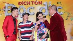 Hoài Linh trần tình về trang phục tại buổi ra mắt phim tết
