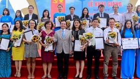 Nhiều hoạt động tri ân Ngày Nhà giáo Việt Nam