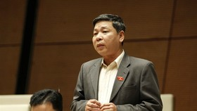 The draft Law on Preventing and Controlling Corruption is debated at the National Assembly on Tuesday. (Photo: VNA/VNS)