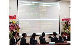 Investors follow Sabeco share auction results on December 18