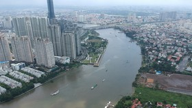 Many construction projects have encroached the Saigon River (Photo: SGGP)