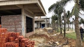 Dự án The Song xây dựng sai phép, không phép,  lấn chiếm bãi biển gần 6.500m²