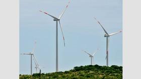 Sản xuất điện sạch từ năng lượng gió sẽ được Chính phủ  mua lại giá cao                    Ảnh: CAO THĂNG