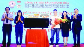 Trao thưởng khách hàng trúng giải Sanest Khánh Hòa - niềm tự hào thương hiệu Việt Nam, tại Hà Nội