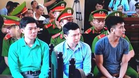 Vì sao phiên tòa xử bác sĩ Hoàng Công Lương bị hoãn?