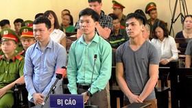 Không tuyên án đối với bác sĩ Hoàng Công Lương cùng 2 đồng phạm