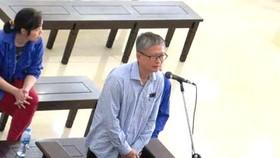 Em trai ông Đinh La Thăng được xem xét giảm nhẹ hình phạt về tội tham ô
