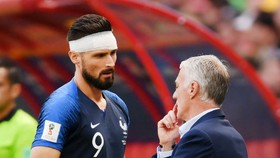 HLV Didier Deschamps dự kiến sẽ trở lại với giải pháp có Olivier Giroud. Ảnh: Getty Images