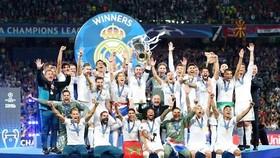 Real thành công, nhưng vẫn tiêu ít tiền hơn Barca trong vòng 5 năm qua.