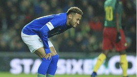 Neymar khá đau vì chấn thương. Ảnh: Getty Images