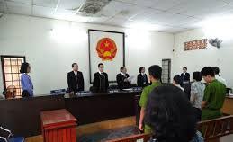 Kế toán phường tham ô lãnh án tù