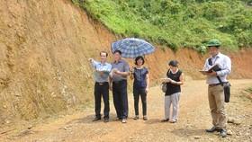 Kiểm toán viên KTNN thực hiện kiểm toán tại tỉnh Cao Bằng.   Ảnh: T.TÙNG