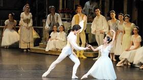 Tái diễn vở vũ kịch Cô bé Lọ lem