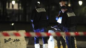 Tấn công bằng dao tại thủ đô Paris, Pháp, nhiều người bị thương