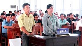 Vụ tráo máy nông cụ của dân nghèo: Nguyên chủ tịch UBND và kế toán xã lãnh án