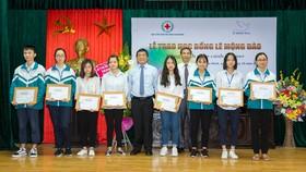 Quỹ hỗ trợ giáo dục Lê Mộng Đào trao tặng hơn 1,5 tỷ đồng học bổng