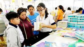 Chấm dứt tình trạng thay đổi sách giáo khoa mỗi năm