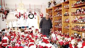 Bộ sưu tập ông già Noel khổng lồ