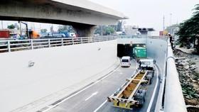 Hầm chui nút giao Mỹ Thủy giúp giao thông khu vực cảng Cát Lái thuận lợi hơn. Ảnh: THÀNH TRÍ