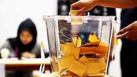 Cử tri Malaysia đã bắt đầu đi bỏ phiếu. Nguồn: freemalaysiatoday