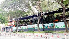 Các nhà hàng bị gỡ bảng hiệu và hoạt động dưới vỏ bọc dịch vụ trong khu Rubik của Phú Hoàng Gia