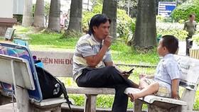 Xử lý hút thuốc lá tràn lan