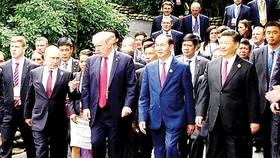 Chủ tịch nước Trần Đại Quang và nguyên thủ các quốc gia tại APEC năm 2017 tổ chức ở Đà Nẵng
