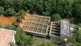 Trạm cấp nước nông thôn tại huyện Bình Chánh. Ảnh: CAO THĂNG