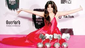 Camila Cabello thắng lớn ở MTV EMA