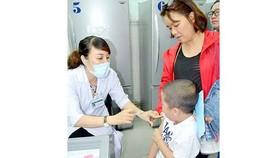 Mời giao lưu trực tuyến: Phòng chống hiệu quả các bệnh giao mùa