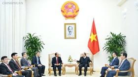 Thủ tướng Nguyễn Xuân Phúc tại tiếp Bộ trưởng Tư pháp Lào Xaysy Santivong. Ảnh: VGP