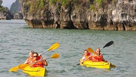 Kayak tour lures more tourists