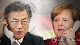 Moon, Merkel agree to enhance economic, diplomatic cooperation