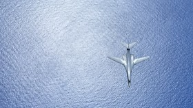US B-1B bombers fly off N. Korea's eastern coast in show of force