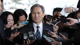 Prosecutors seek arrest warrant for ex-defense minister...