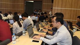 Contestants join a rehearsal on cyber security resolution held by the Vietnam Computer Emergency Response Team in Hà Nội. Việt Nam will conduct a project on cyber security supervision following approval from Prime Minister Nguyễn Xuân Phúc. — VNA/VNS Phot