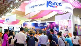 Korea lures over 290,000 Vietnamese tourists by first 8 months  