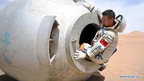 Phi hành gia Trung Quốc trải qua khóa huấn luyện khắc nghiệt