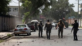 Afghanistan: Taliban chiếm căn cứ quân sự, giết 30 nhân viên an ninh