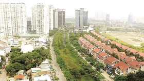Một góc khu đô thị phía Đông của TPHCM. Ảnh minh họa: THÁI BẰNG