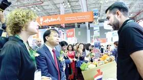 Bà Elsbeth Akkerman - Đại sứ Vương quốc Hà Lan tại Việt Nam