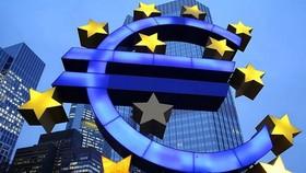 EU lo ngại căng thẳng thương mại với Mỹ tác động tới Eurozone